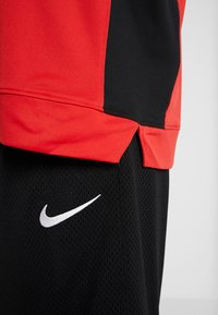 Nike Performance - NBA CHICAGO BULLS SHOOTER LONG SLEEVE - Pelipaita - university red/black - 4