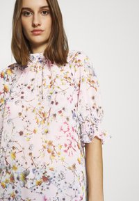 Ted Baker - CLOVVE - Blouse - pink - 5
