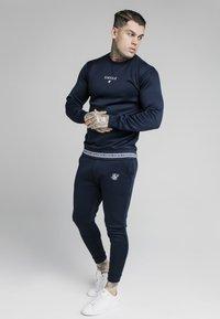 SIKSILK - ELEMENT CREW - Langærmede T-shirts - navy/white - 1