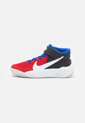 TEAM HUSTLE D 10 FLYEASE UNISEX - Basketball shoes - off noir/white/university red/game royal