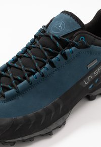La Sportiva - TX5 LOW GTX - Hiking shoes - opal/carbon - 5