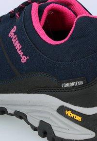 Brütting - Hiking shoes - dark blue/light pink - 5