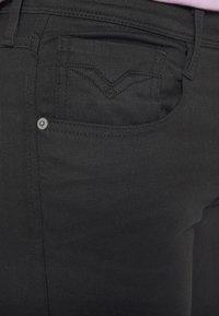 Replay - ANBASS HYPERFLEX RE-USED - Jeans Skinny - black - 4