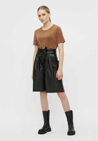 Object - OBJDANA - Leather trousers - black - 1