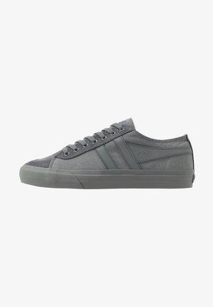 QUOTA II - Trainers - grey