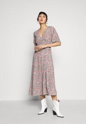YASFAUNA MIDI DRESS SHOW - Day dress - dusty blue