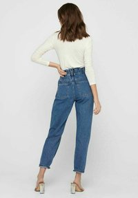 ONLY - Relaxed fit jeans - medium blue denim - 2