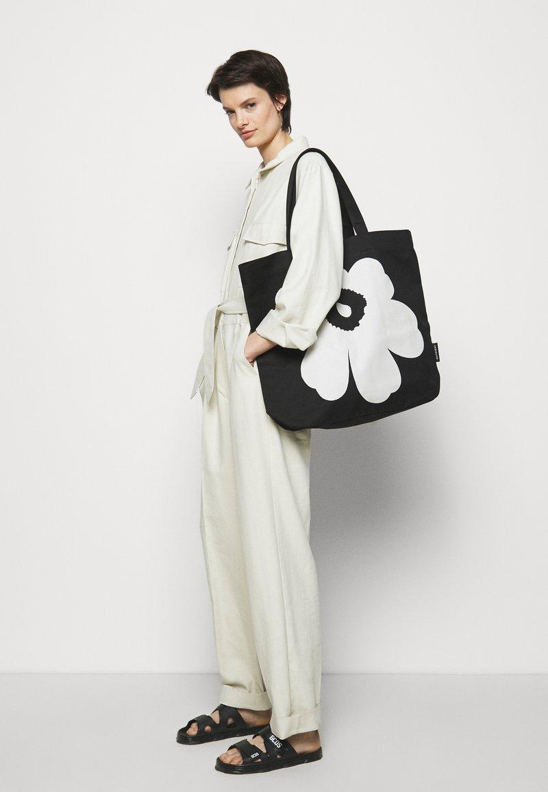 Marimekko - TORNA UNIKKO BAG - Tote bag - black