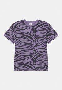 Lindex - MINI ZEBRA UNISEX - T-shirt print - light dusty lilac - 0