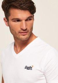Superdry - VINTAGE  - T-shirt basic - weiß - 3