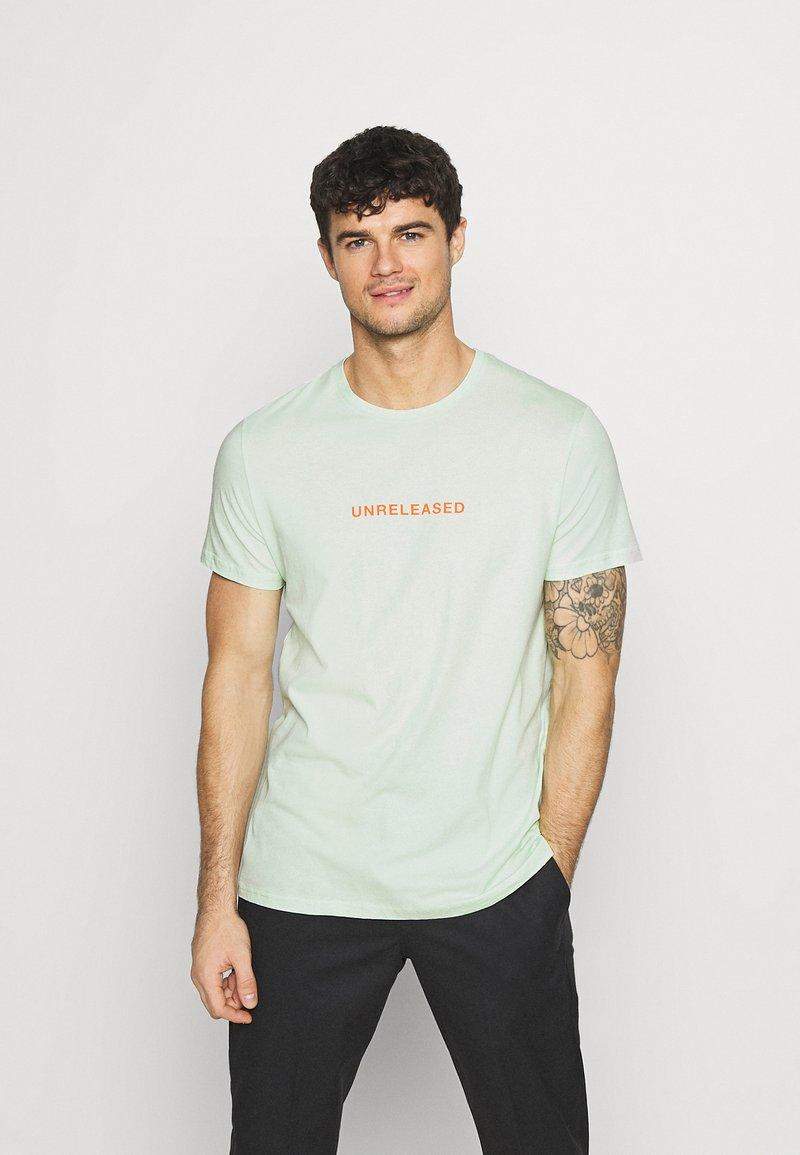 YOURTURN - Print T-shirt - green