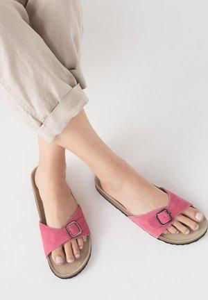 FOREVER COMFORT SINGLE STRAP FOOTBED - Muiltjes - pink