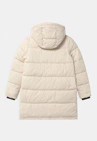 Calvin Klein Jeans - ESSENTIAL PUFFER - Zimní kabát - white - 1
