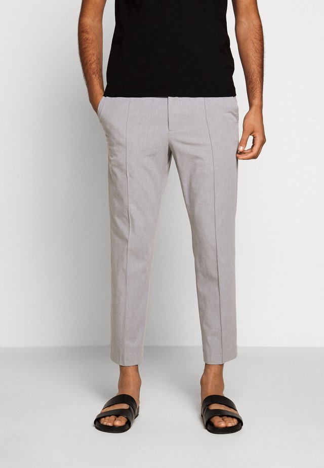 HYBRID PINTUCK PANT - Pantalones - heather grey