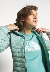 The North Face - SUMMER BOYFRIEND TEE - Print T-shirt - bristol blue - 3