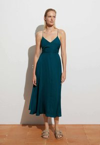 OYSHO - SATIN - Day dress - evergreen - 2