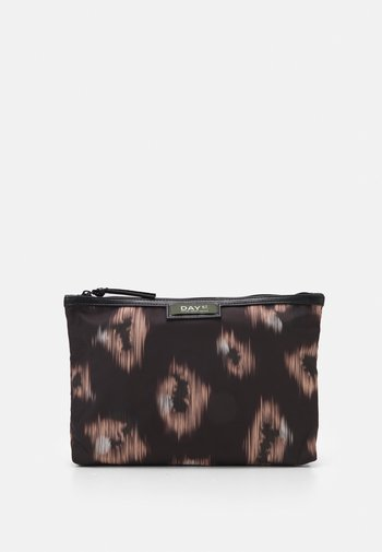 GWENETH IKAT SMALL SET - Wash bag - black