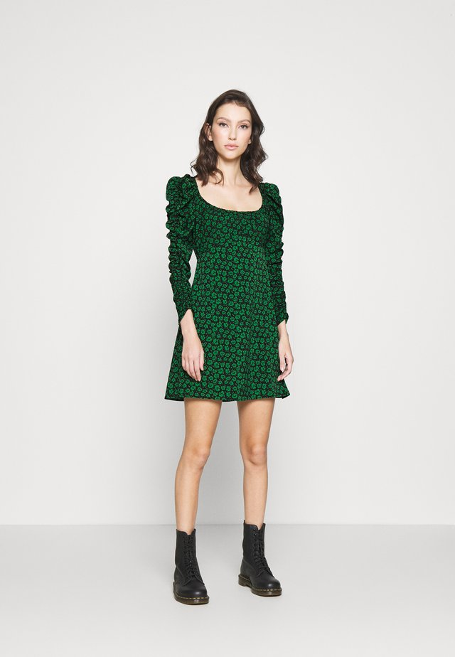 RUCH SLEEVES DRESS - Day dress - green