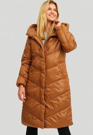 Płaszcz zimowy - golden brown