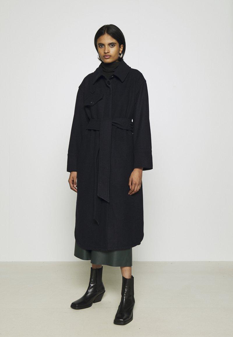 Weekday - BOEL COAT - Płaszcz wełniany /Płaszcz klasyczny - navy