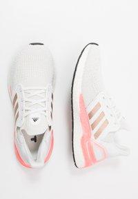 adidas Performance - ULTRABOOST 20  - Neutrální běžecké boty - crystal white/copper metallic/light flash red - 1