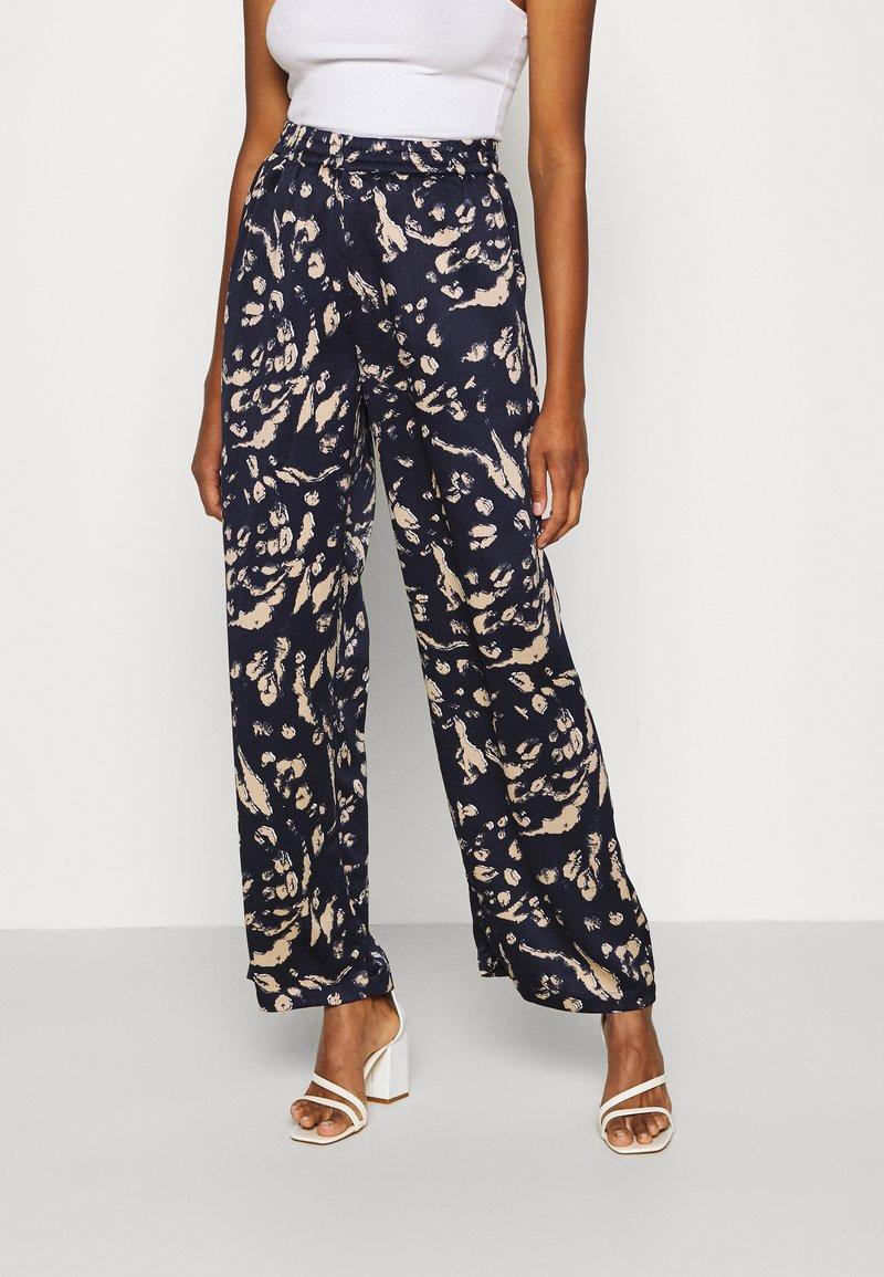 Vero Moda - VMHAILEY PANT - Trousers - navy blazer