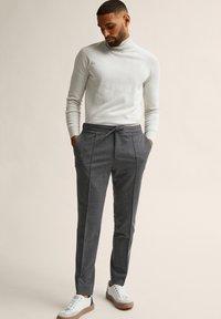 Bläck - ADAMS  - Tracksuit bottoms - dark grey mel - 0