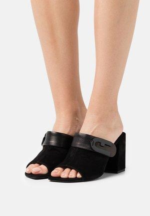 MULE  - Pantofle na podpatku - nero