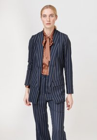 Dea Kudibal - Short coat - stripe - 0