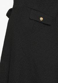 Seraphine - JAELYN BIAS DRESS - Denní šaty - black - 2