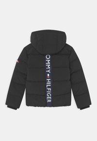 Tommy Hilfiger - ESSENTIAL PADDED - Winter jacket - black - 1