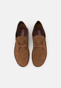 Clarks Originals - DESERT BOOT - Casual lace-ups - light brown - 3
