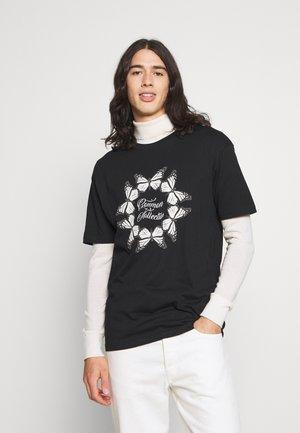 BUTTERFLY CIRCLE UNISEX - Print T-shirt - black