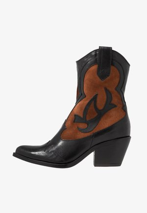 Cowboy/biker ankle boot - nero/penny