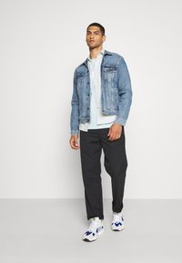 Levi's® - THE TRUCKER JACKET UNISEX - Giacca di jeans - triad trucker - 1
