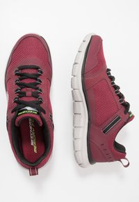 Skechers Sport - TRACK - Sneakers basse - burgundy/black - 1