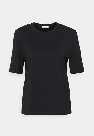 JENNA - Jednoduché triko - black