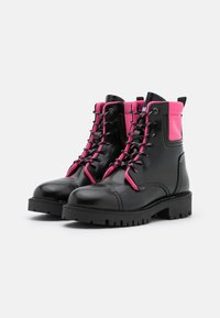 Tommy Jeans - FASHION POP COLOR BOOT - Platform ankle boots - black/glamour pink - 2