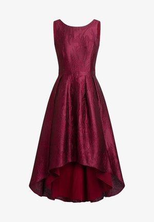 Cocktail dress / Party dress - bordeaux