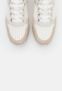 Bugatti - LIN - Trainers - beige/offwhite - 5