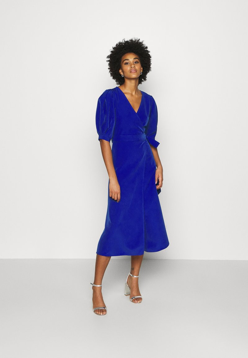 WAL G. - EMILIA WRAP DRESS - Žerzejové šaty - eletric blue