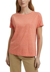 Esprit - PER COO CLOUDY - Basic T-shirt - orange red - 4