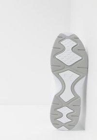 Puma - NUCLEUS - Tenisky - white/high rise - 4