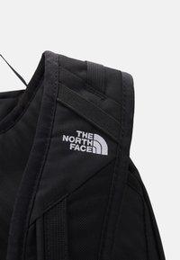 The North Face - BASIN 18 UNISEX - Rucksack - black - 5