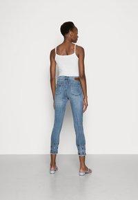 Desigual - MIA - Skinny džíny - blue - 2