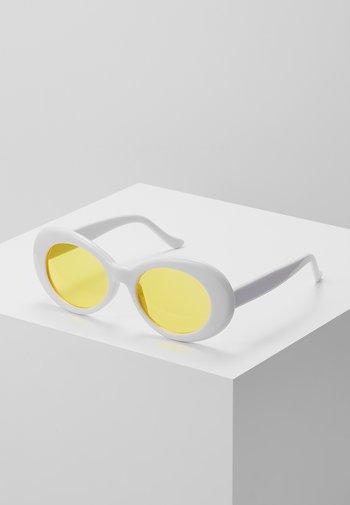 COBAIN - Sunglasses - white/yellow