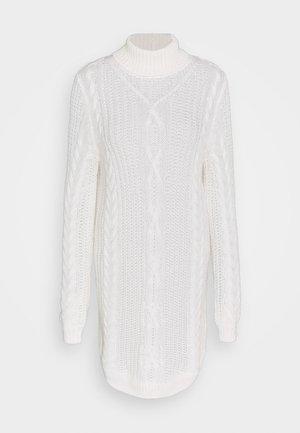 OBJAVA ROLLNECK DRESS  - Abito in maglia - gardenia