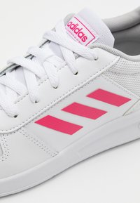 adidas Performance - VECTOR K UNISEX - Sports shoes - footwear white/real pink - 5