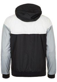 Nike Performance - HERREN - Veste de running - black/white/wolf grey - 1