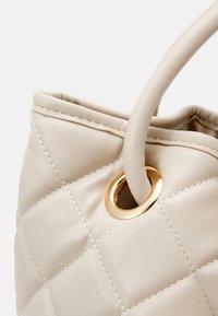 Valentino Bags - OCARINA - Shopping Bag - ecru - 3